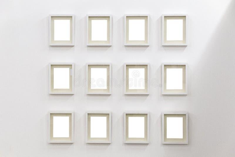 Белые рамки на белой предпосылке стоковые изображения rf