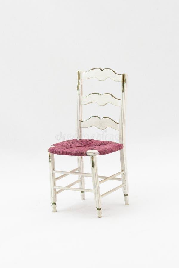 Белый античный стул стиля стоковые изображения