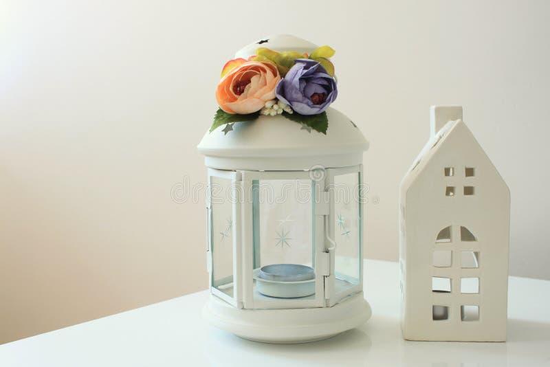 Белый держатель для свечи стоковое изображение