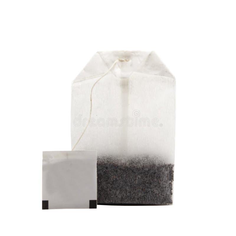 Белый заваренный пакет с точно листанным чаем стоковая фотография rf