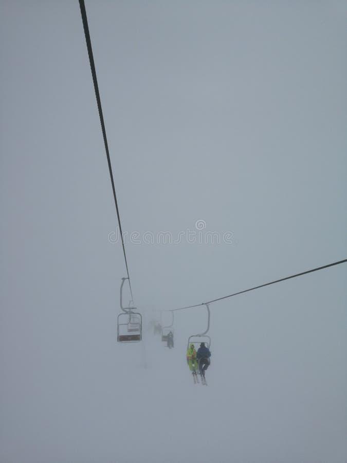 Белый плен на вершине горы в Карпатах стоковое изображение