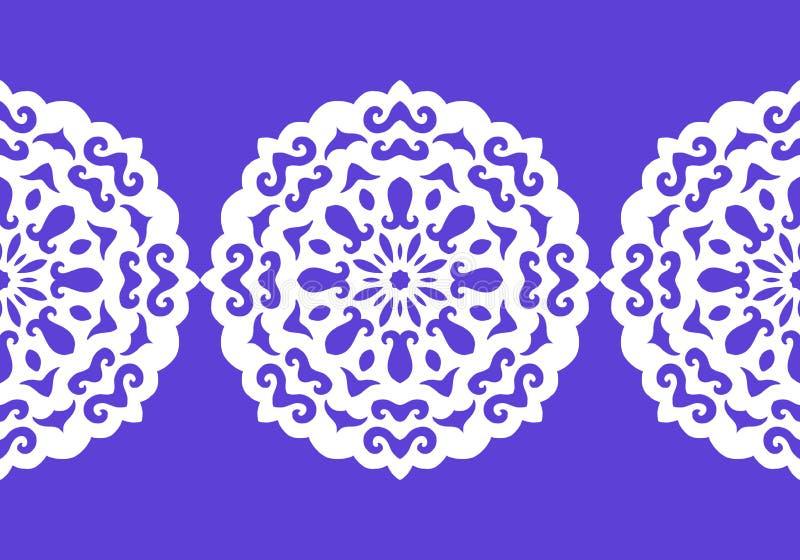 Белый силуэт снежинок Шнурок, круглый орнамент и декоративная граница вектор иллюстрация штока