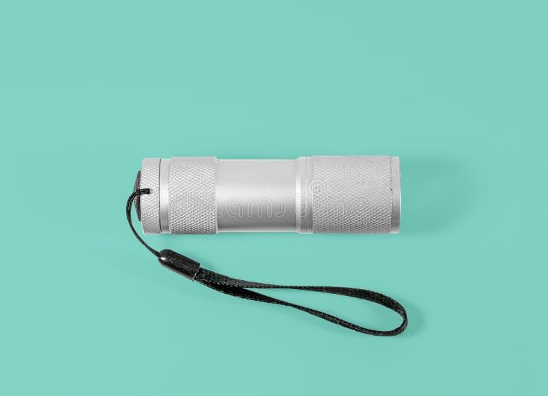 Белый электрофонарь СИД алюминия при черный ремень изолированный на whit стоковое изображение