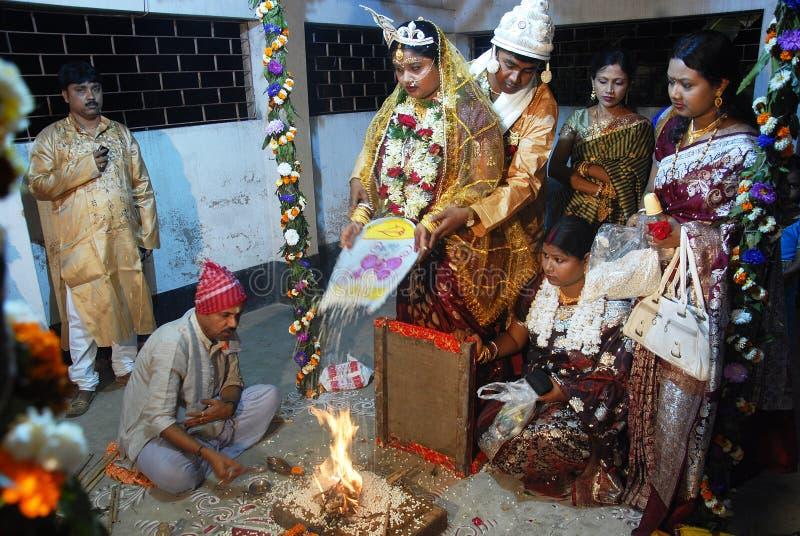 бенгальские ритуалы замужества стоковая фотография rf
