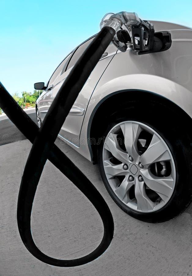 бензоколонка автомобиля стоковое изображение