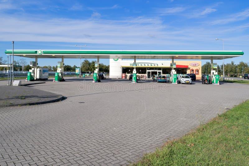 Бензоколонка BP в Нидерланд стоковые изображения rf