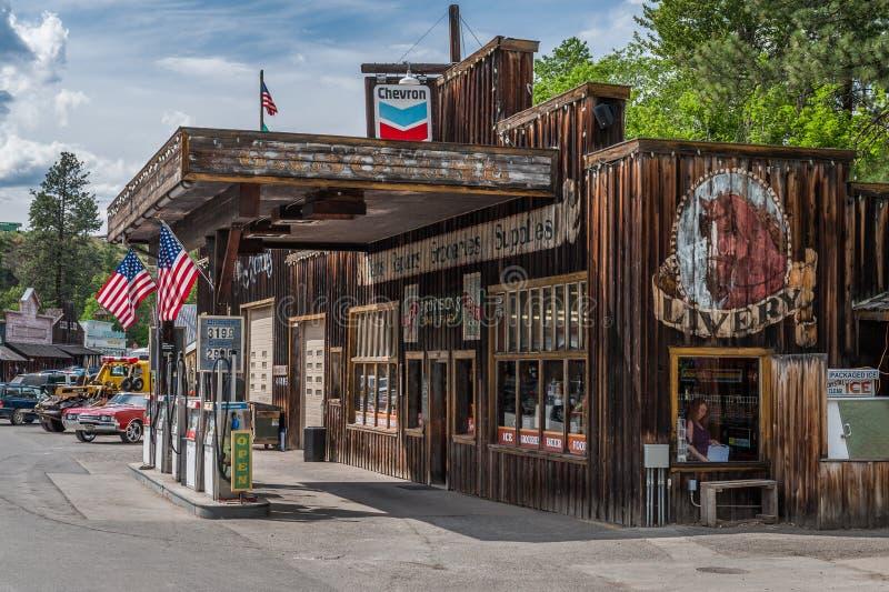 Бензоколонка и магазин Windthrop Шеврона стоковые фото