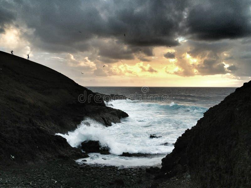 береговая линия драматическая стоковые фотографии rf