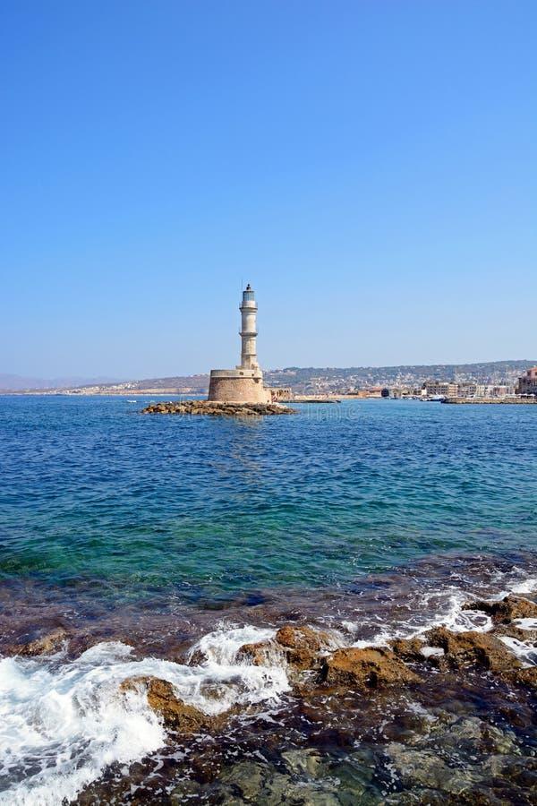 Береговая линия Chania и маяк, Крит стоковая фотография rf