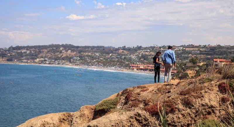 Береговая линия бухты La Jolla в южной Калифорнии стоковые фотографии rf