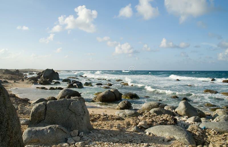 береговая линия aruba стоковое изображение rf