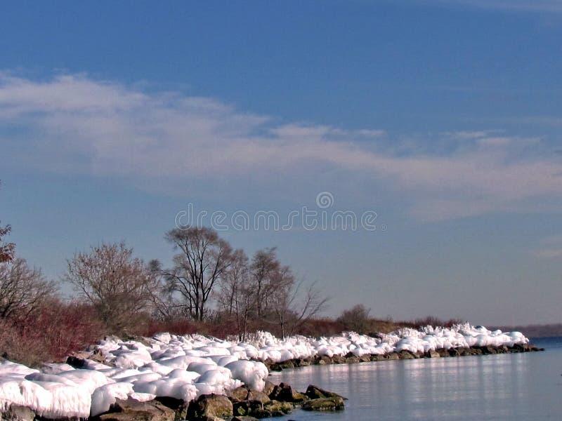Берег замороженный озером 2015 Торонто стоковые фотографии rf