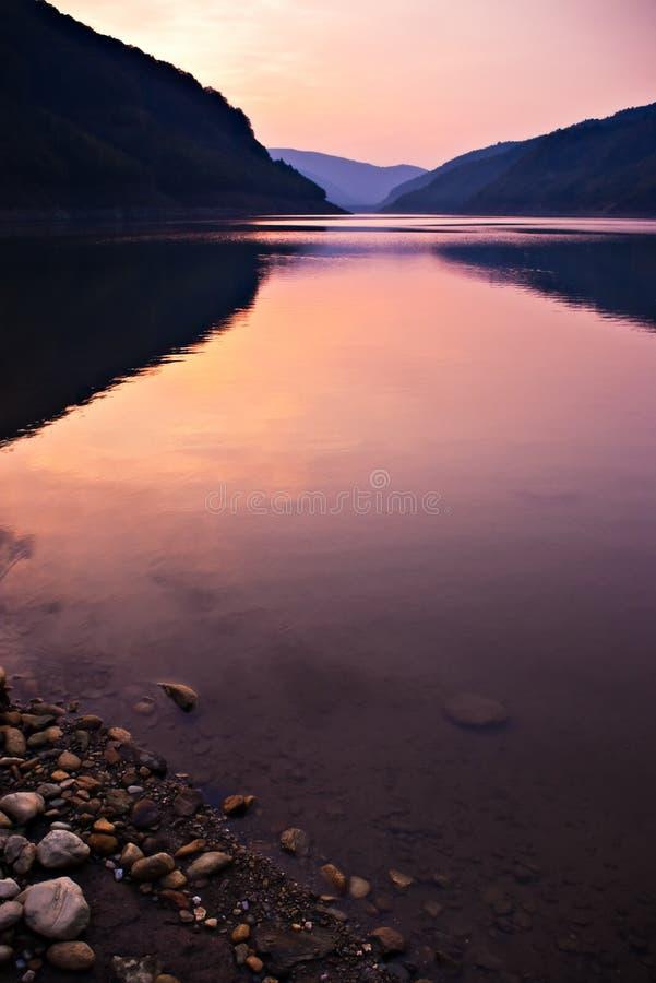 берег озера стоковые изображения