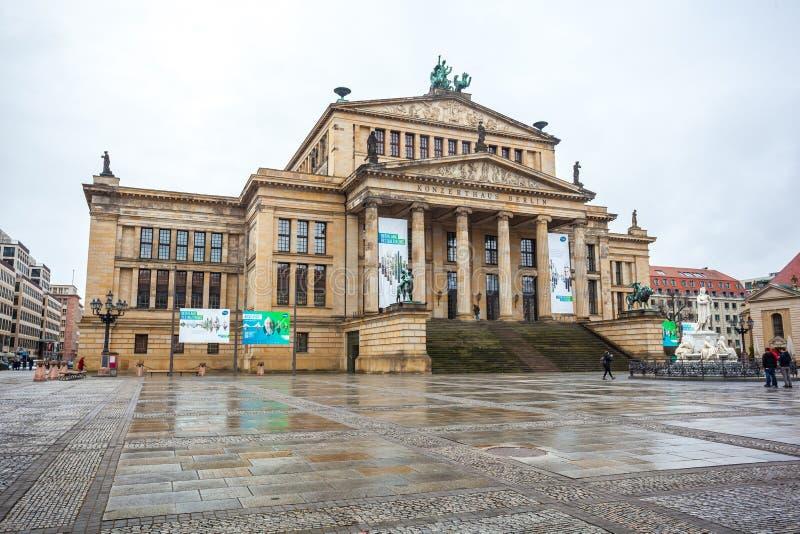 25 01 2018 Берлин, Германия - концертный зал в Gendarmenmarkt одном стоковые фото