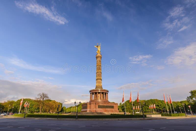 Берлин Германия на столбце Siegessaule победы стоковое фото