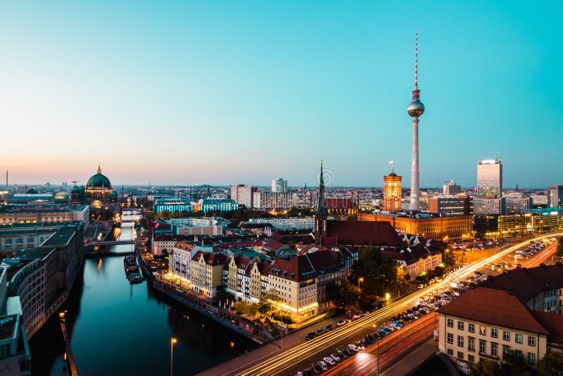 Берлин, Германия, 7-ое октября 2018: взгляд сверху Берлина Башня a ТВ стоковые изображения rf