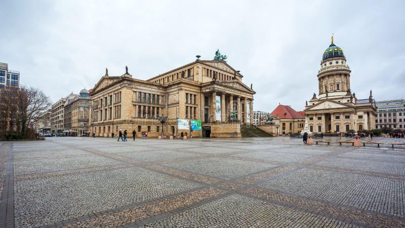 25 01 2018 Берлин, Германия - панорамный взгляд известного Gendarmenm стоковое изображение rf