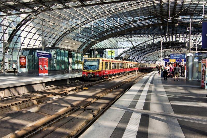 Берлин Hauptbahnhof стоковая фотография rf