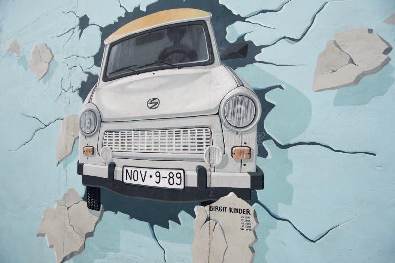 Берлин, стена, картина, галерея Ист-Сайд стоковое фото rf