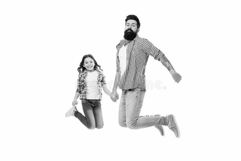Беспечальный и счастливый Идти сумасшедший совместно Отец и дочь имея потеху Лучшие други ребенка и отца Родительство и стоковая фотография