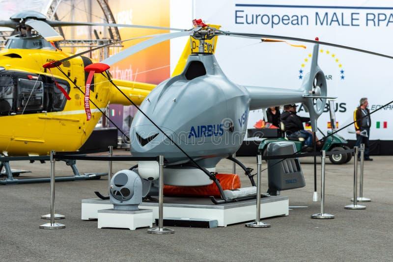 Беспилотный аэробус VSR700 вертолета рекогносцировки стоковое изображение