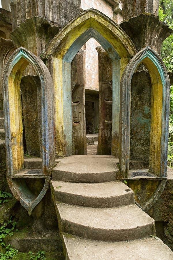 Бетонная конструкция на садах Xilitla Мексике Эдварда Джеймс стоковое фото rf