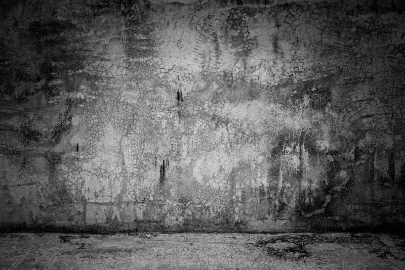 Бетонная стена и пол абстрактной комнаты черноты предпосылки темная стоковая фотография