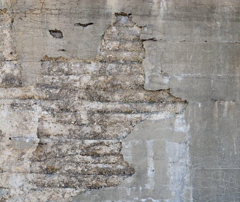 Бетонная стенка 93