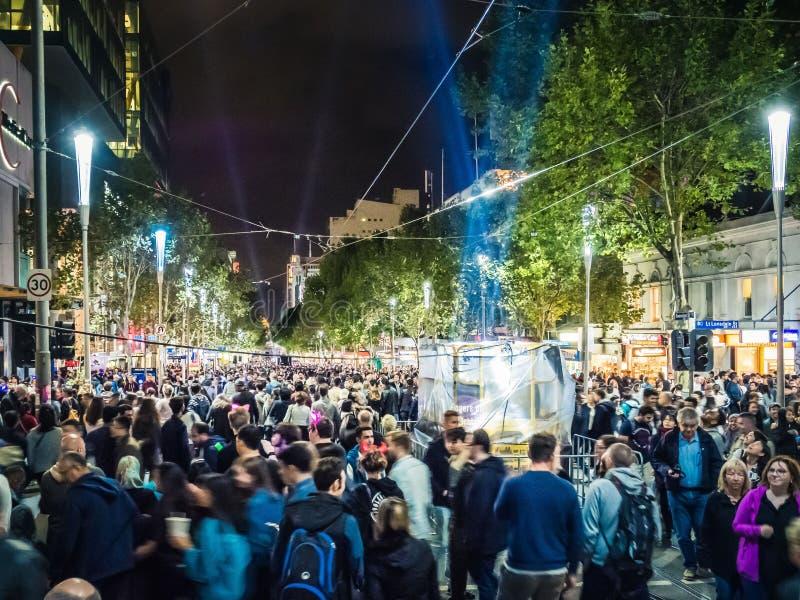 Белая ноча Мельбурн 2017 толп стоковое изображение