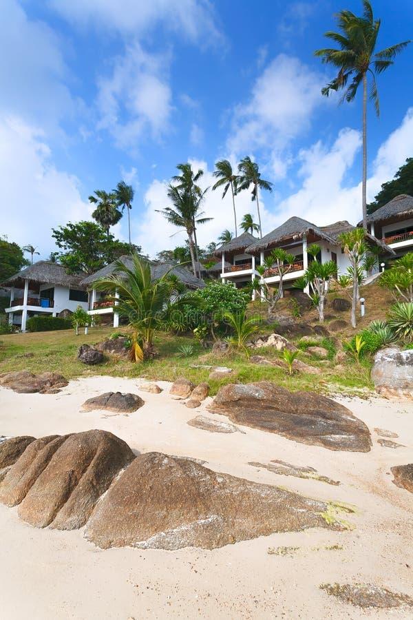 Белая туристская хата, дом, cheschany пляж, пальма, bo стоковые изображения
