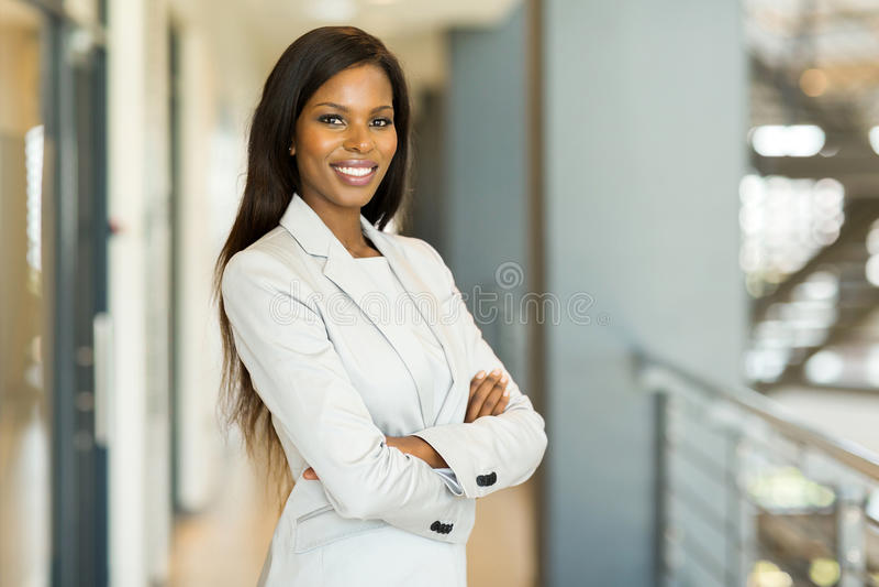 белизна афроамериканца изолированная коммерсанткой стоковая фотография rf