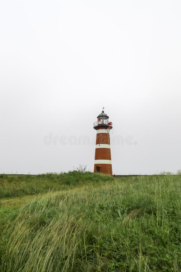 белизна маяка красная стоковое изображение rf