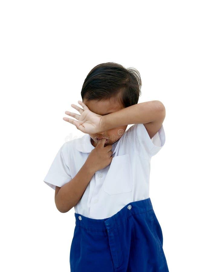 белизна мальчика предпосылки плача изолированная стоковые фотографии rf
