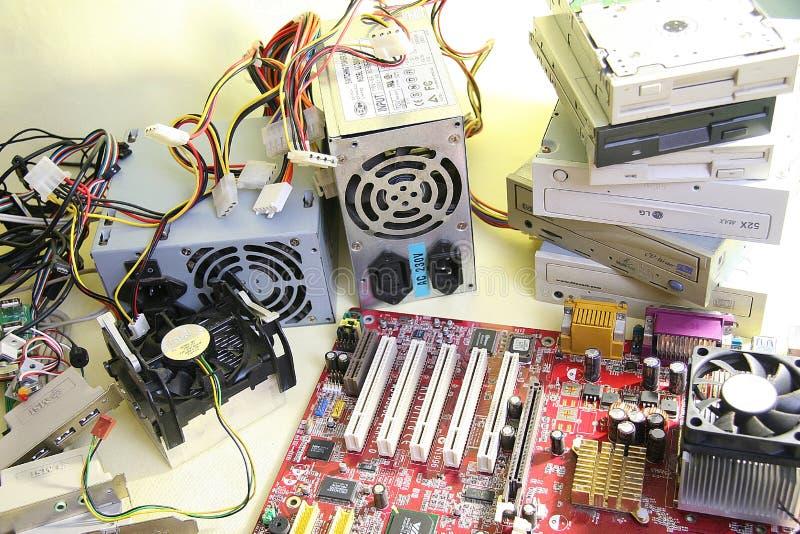 белизна отвертки ремонта машиннаяа графика переходники изолированная стоковая фотография rf