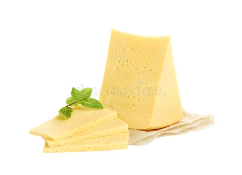 белизна предпосылки изолированная сыром стоковое фото