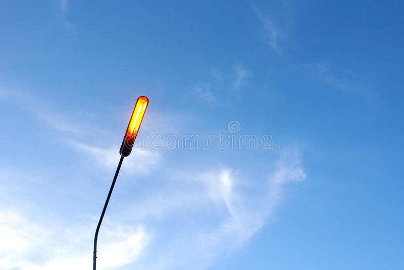 белизна улицы 8 изолированная eps светильников стоковые фотографии rf