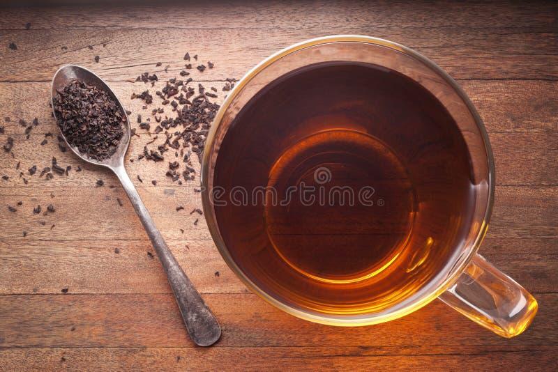 белизна чая предпосылки изолированная чашкой стоковые изображения rf