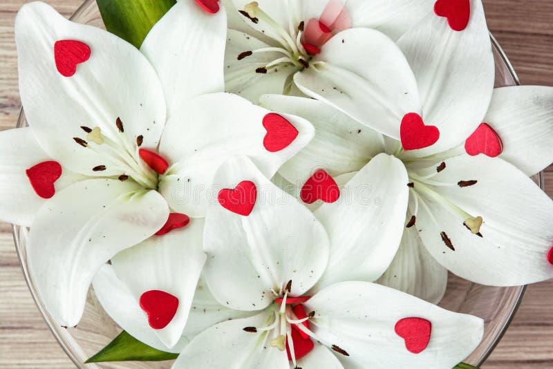 Картинки лилии сердце ней