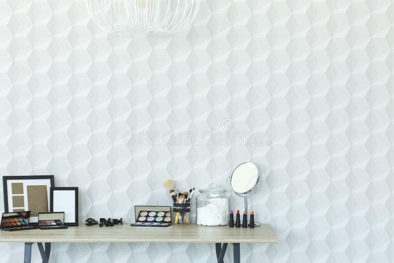 Белый интерьер с простой таблицей стоковое фото