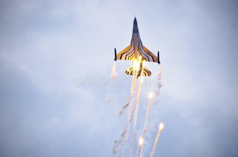 Бельгийское figter F-16 на Радоме Airshow, Польше стоковые фото