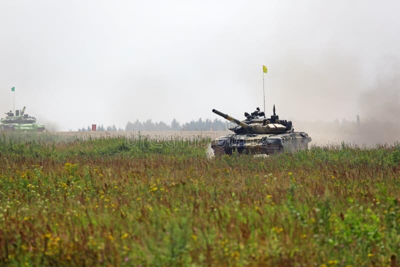 Биатлон танка стоковые изображения