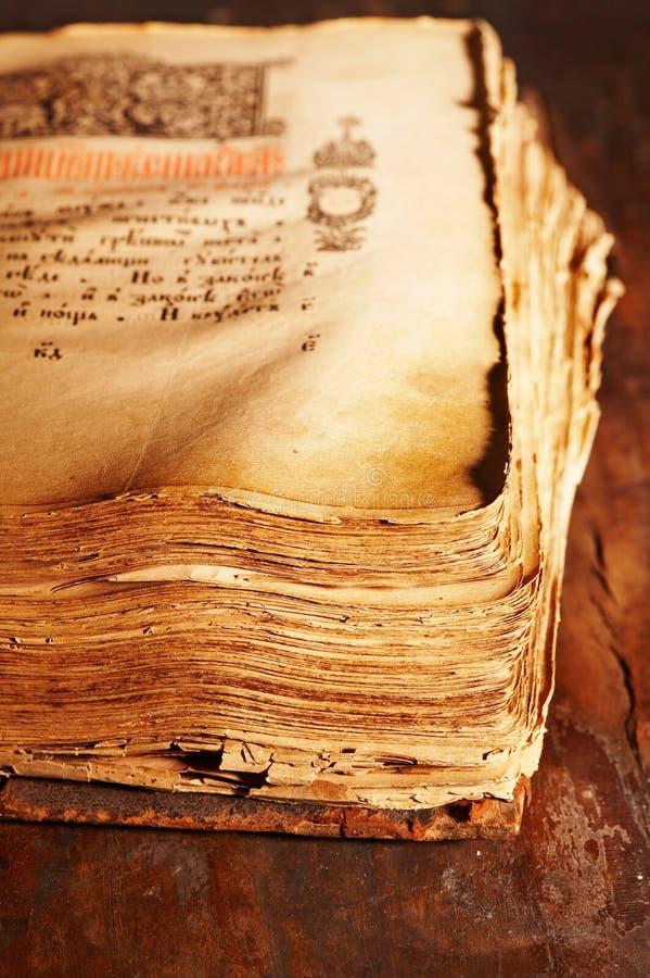 библия старая Стоковые Фотографии RF
