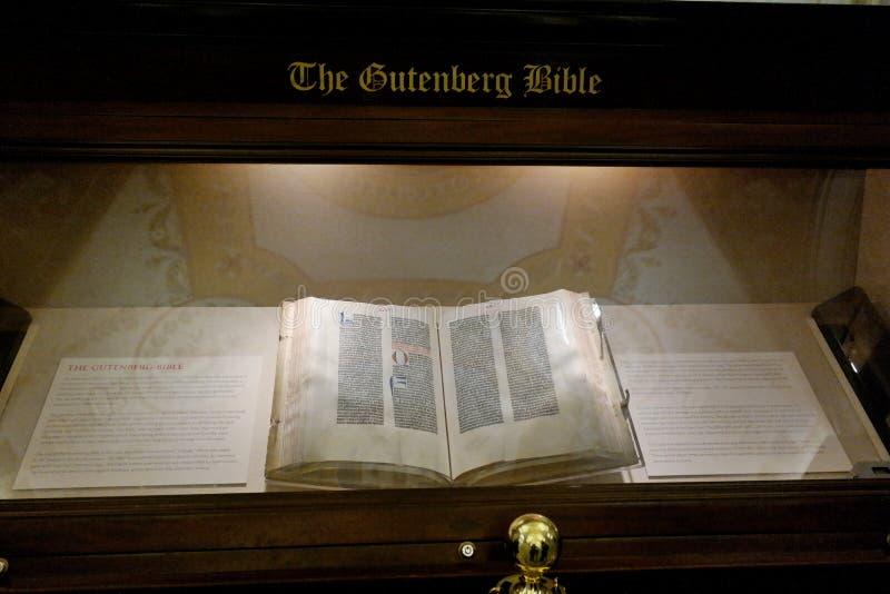 Библия Gutenberg стоковые изображения rf