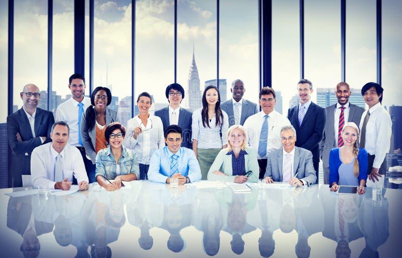 Бизнесмены встречая концепцию команды стоковые фото