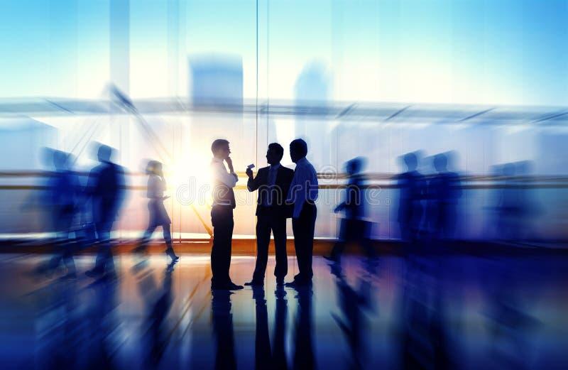 Бизнесмены встречая концепцию корпоративного офиса семинара стоковая фотография