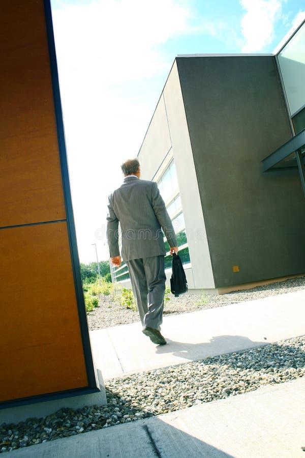 бизнесмен зданий стоковое изображение rf