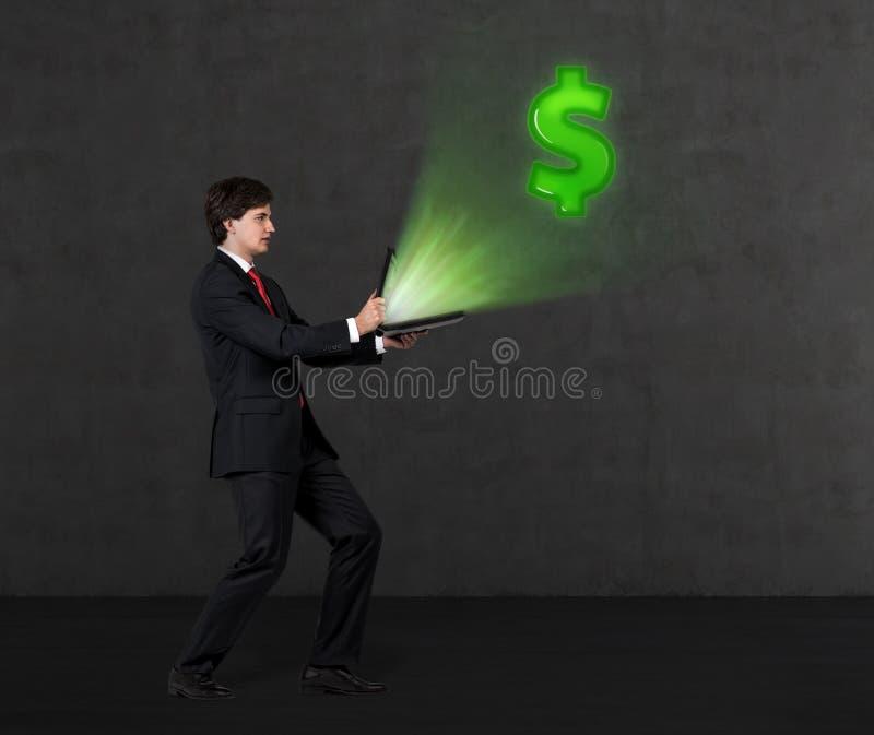 Бизнесмен и доллар летая стоковые фотографии rf