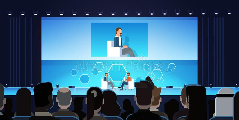 Бизнесмен на общественной встрече конференции интервью перед большой аудиторией бесплатная иллюстрация