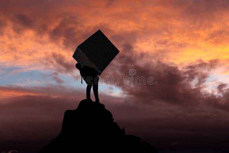 Бизнесмен нося тяжелый каменный пакет стоковые фотографии rf