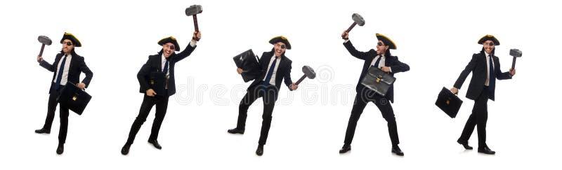 Бизнесмен пирата с молотком и портфелем изолированными на белизне стоковая фотография rf